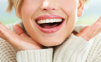 Dr. Carlos Garcia, Bright Smiles Dental Studio Image Of 10 Habits You Are Damaging Your Teeth