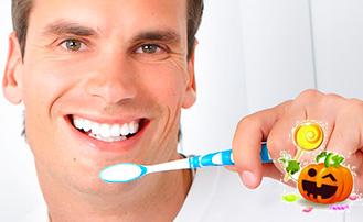 Dr. Carlos Garcia, Bright Smiles Dental Studio Image Of How to Avoid Cavities on Halloween