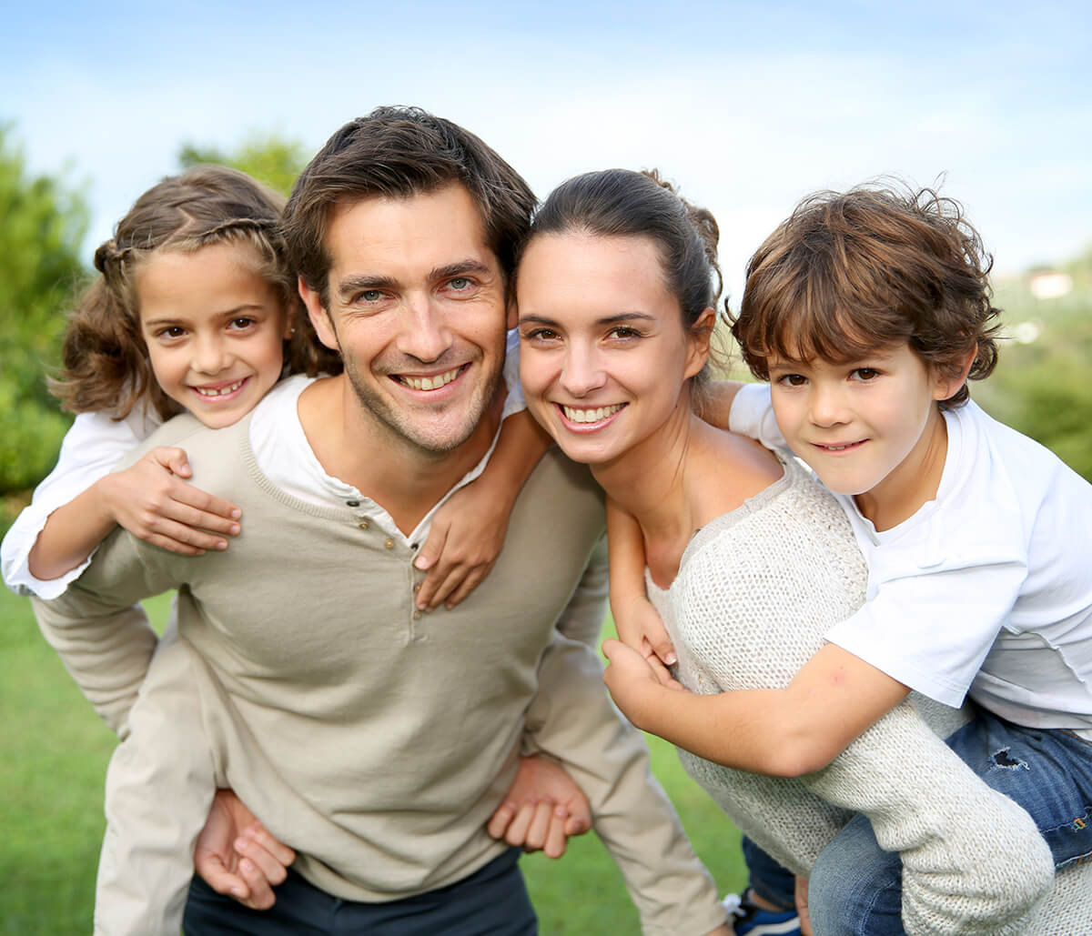Dentist for Family at Bright Smiles Dental Studio in Glendale CA Area